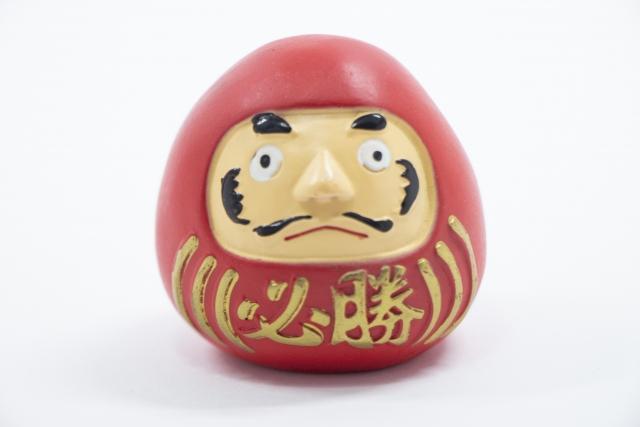達磨(ダルマ)
